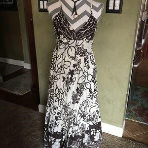Dresses & Skirts - 🎉Sale alert 👏🔥Floral dress